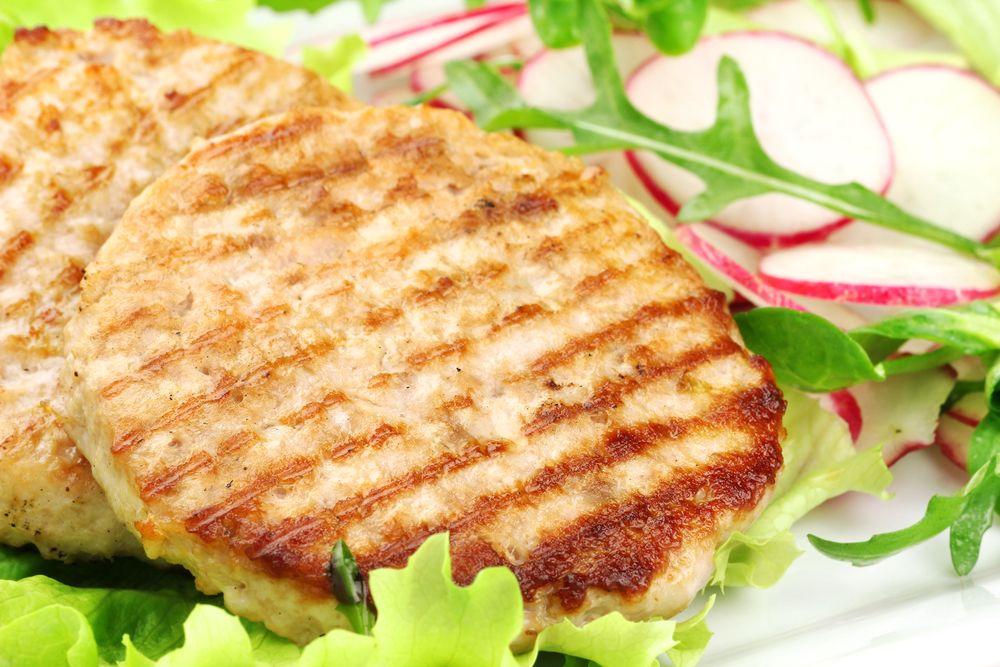 Hambúrguer de frango funcional